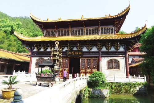 主打禅宗文化的青原山净居寺
