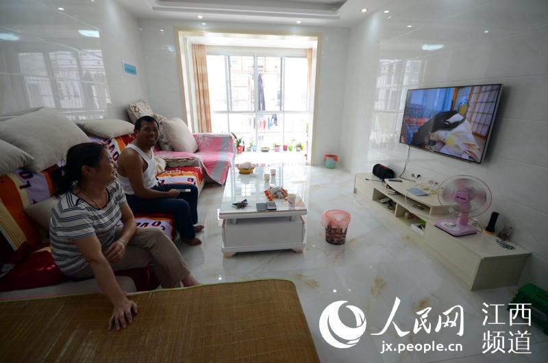 从深山村民变成城里人 武宁县建成江西最大生态移民社区