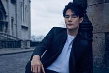 王凯首登《时尚先生》四月刊封面