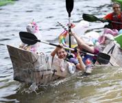 纽约:赛纸船