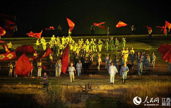 大型实景演出《井冈山》10年常演不衰 观众超300万人次