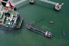 海口LNG船舶船岸应急联合演练