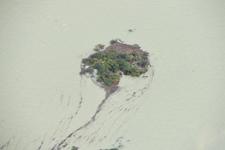 雅鲁藏布江堰塞湖受灾群众撤离