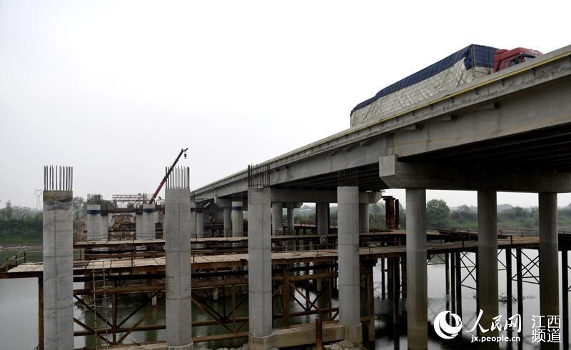 昌九高速改扩建工程旧桥改造施工 8月完成全部桥梁改造