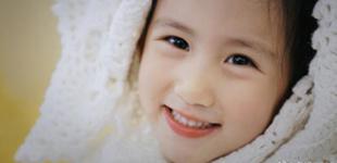 孙莉晒小女儿照片 网友感叹祖传基因真强大