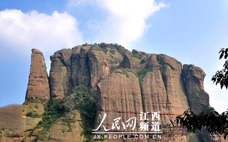 江西龙虎山(包括龟峰),浙江江郎山,贵州赤水等6个省的6处国家级风景